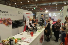 Show cooking Masterchef Giovanna Wale e Donna Frida liquori