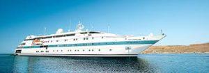 Donna Frida a bordo della tere moana cruise line
